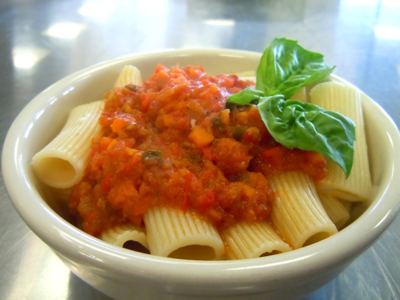 Roasted Tomato and Pepper Pasta Sauce